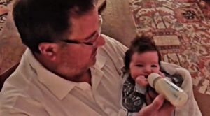 You Will Melt After Watching Vince Gill With His Newborn Grandbaby