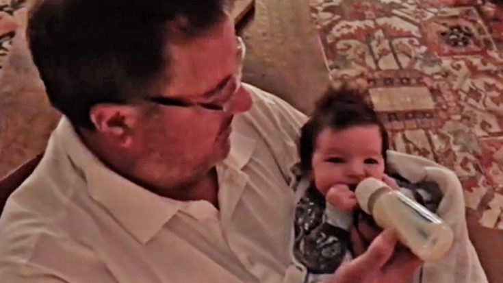 You Will Melt After Watching Vince Gill With His Newborn Grandbaby | Classic Country Music Videos