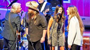 Chris Stapleton & His Wife Morgane Join Little Big Town For 'Elvira'