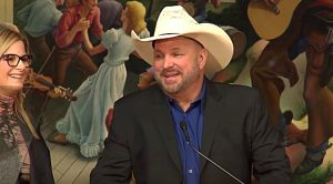 Garth Brooks Names His Top Choices For Hall Of Fame…Bet You Can Guess One