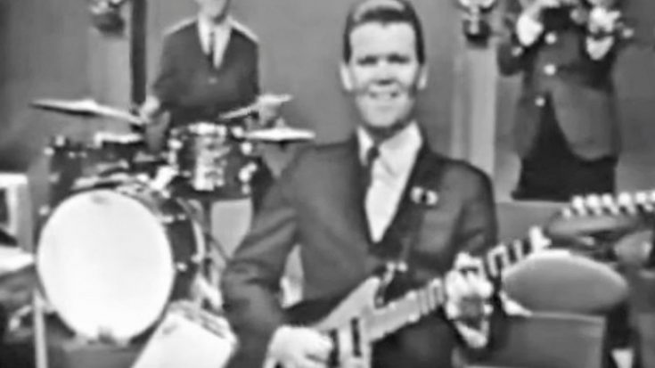 Footage Of 26-Year-Old Glen Campbell Shredding On The Guitar Surfaces | Classic Country Music Videos