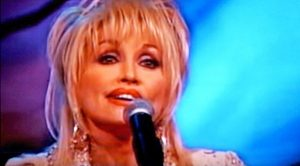 """Dolly Parton Crushes Rock Anthem """"Stairway To Heaven"""""""