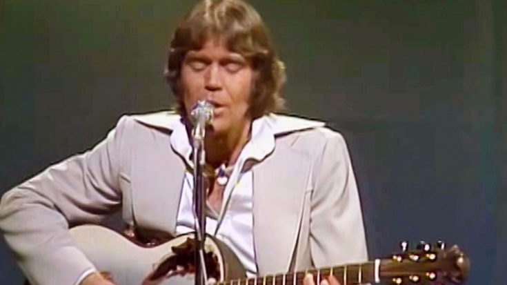 Glen Campbell's Talent Shines In Radiant Performance Of Lone Star Anthem 'Galveston' | Classic Country Music Videos