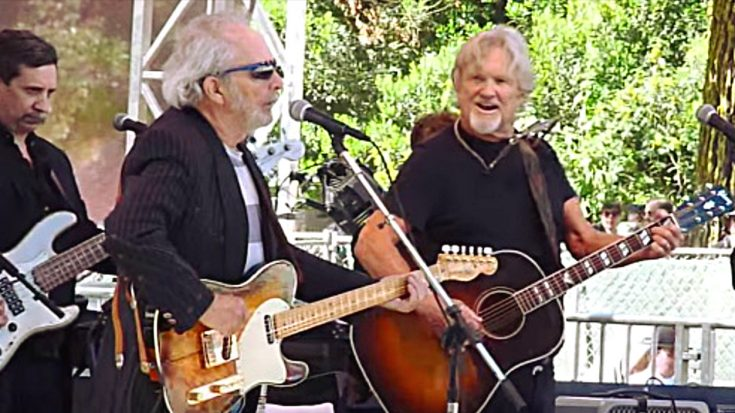 Merle Haggard & Kris Kristofferson Tackle 'Big City' In Duet That Sells Itself | Classic Country Music Videos