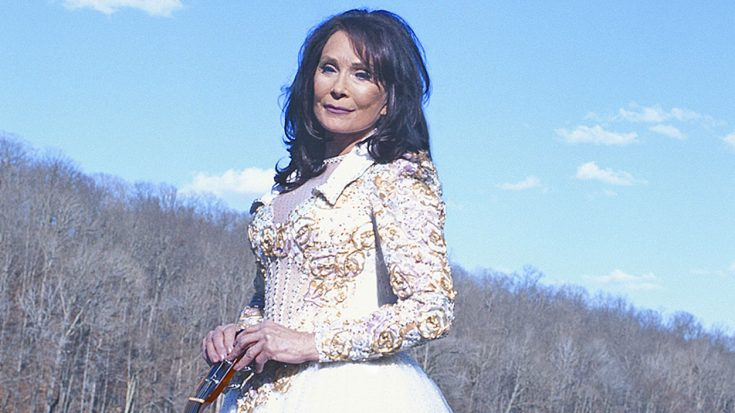 7 Times Loretta Lynn Proved She Is The Queen Of Country Music | Classic Country Music Videos