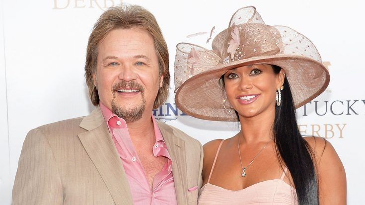 7 Picture-Perfect Snapshots Of Travis Tritt & Theresa's Love Story | Classic Country Music Videos