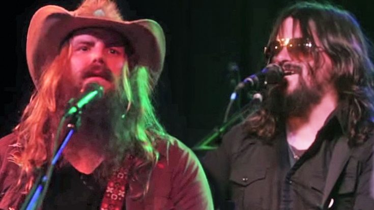 Chris Stapleton Joins Waylon Jennings' Son In Tribute Guaranteed To Give You Goosebumps | Classic Country Music Videos