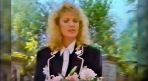 """Tanya Tucker Mourns Tragic Death of Patsy Cline With Graveside """"Amazing Grace"""""""