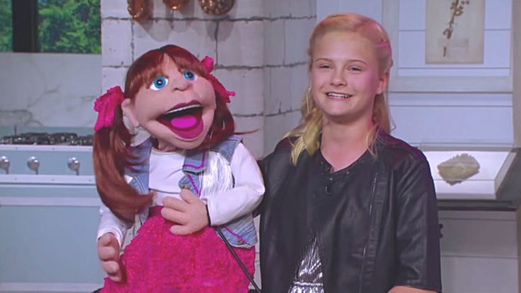 Darci Lynne & Puppet Sing For Kellie Pickler On Set Of Her Talk Show | Classic Country Music Videos