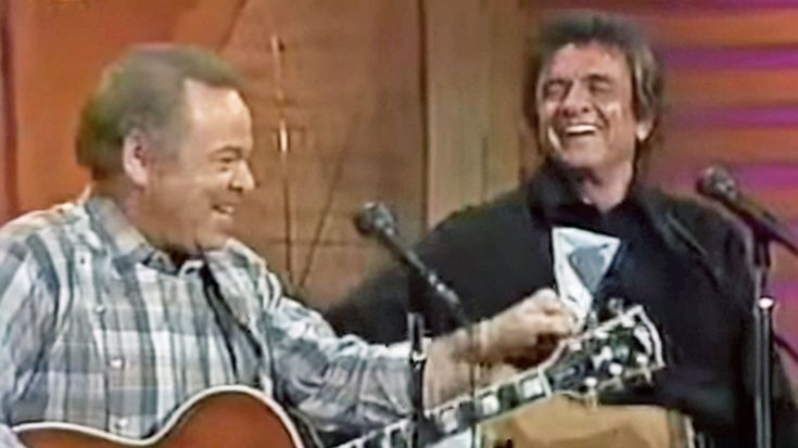 Roy Clark And Johnny Cash Team Up For Unique 'Folsom Prison Blues' Duet | Classic Country Music Videos