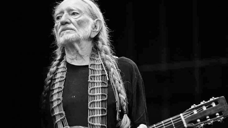 Oscar Nominee Reveals Just How Much Money He's Lost To Willie Nelson | Classic Country Music Videos