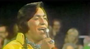 Popular 70s Country Singer Dies At Age 70