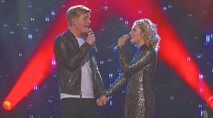 'Idol' Champ Maddie Poppe & Boyfriend Caleb Lee Hutchinson Sing 'When You Say Nothing At All'