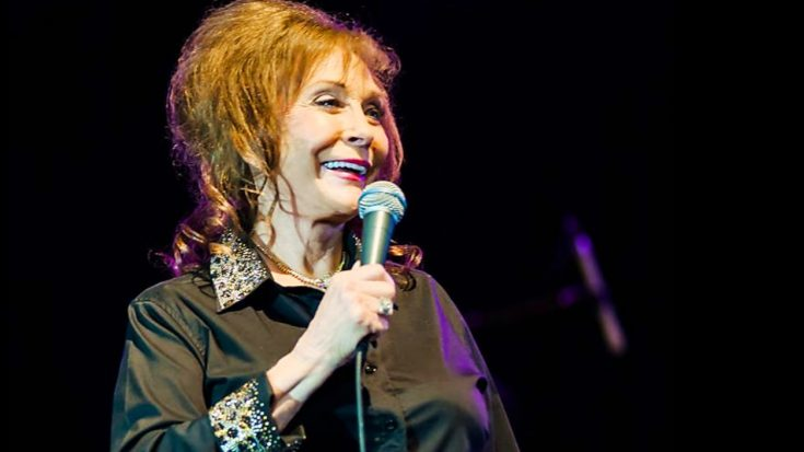 After Terrifying Stroke, Loretta Lynn Finally Returns To Music | Classic Country Music Videos
