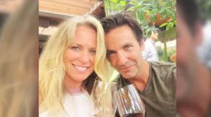 'Strawberry Wine' Singer Deana Carter Marries In Intimate Beach Ceremony