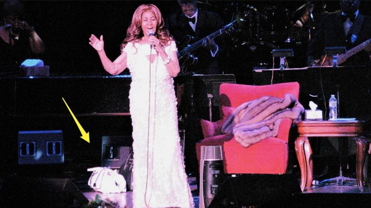 Aretha Franklin Was Never Seen On Stage Without Her Purse – Because It Was Full Of Cash
