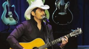Secret Glen Campbell Memorial Footage Shared – Brad Paisley Sings Tender Tribute