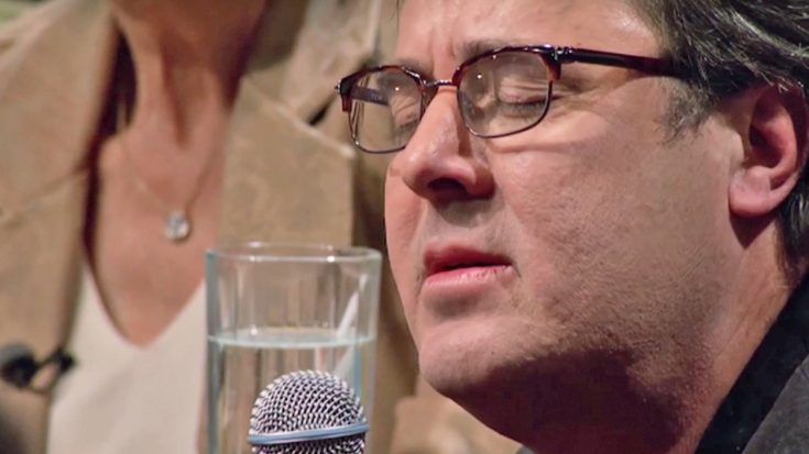 Emotions Consume Vince Gill In Intimate 'Go Rest High' Performance