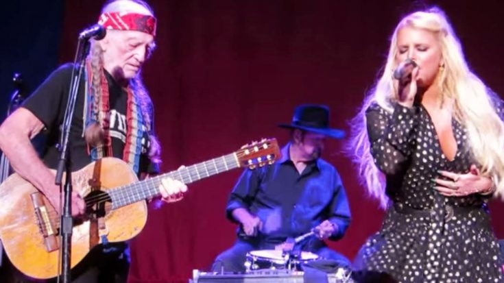 Willie Nelson Welcomes Former Country Star To Stage After She Spent Years Away From Music | Classic Country Music Videos