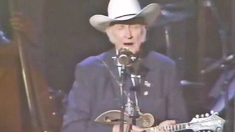 Bill Monroe Will Chill You To The Bone With Hypnotizing 'Wayfaring Stranger'   Classic Country Music Videos