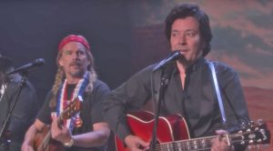 Dressed As Johnny, Willie, Waylon, & Kris, Jimmy Fallon & Friends Deliver Outlaw Country Spoof