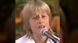 "Young Keith Urban Sings Waylon Jennings' ""The Door Is Always Open"""