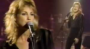 Young & Single Faith Hill Goes Full-Throttle Twang In Searing Elvis Cover