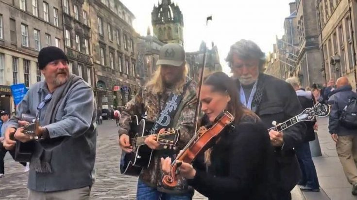 John Carter Cash & Friends Takes To Scotland Streets For Gospel Classic | Classic Country Music Videos