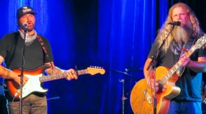 "Jamey Johnson & Randy Houser Unite To Sing ""In Color"" At 2018 Fundraiser"