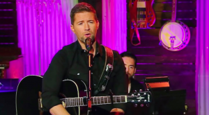 Josh Turner Performs 'How Great Thou Art' From His Gospel Album