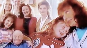 Rare Music Video Surfaces Featuring Hardly-Seen Home Movies Of Loretta Lynn & Her Family
