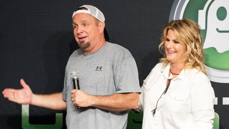 Garth Reacts To Trisha's Steamy New Photo – Almost Reveals Secret | Classic Country Music Videos