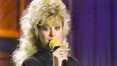 Spunky Lorrie Morgan Brings Some Serious Attitude To Patsy Cline's 'Walkin' After Midnight' | Classic Country Music Videos