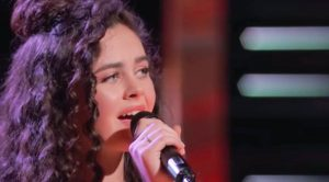 'Voice' Winner Chevel Shepherd Dedicates Dixie Chicks' 'Travelin' Soldier' To Brother