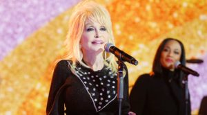 Dolly Parton Releases Emotional Statement On Brother's Death & Funeral