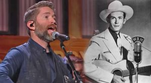 """Josh Turner Brings Out Special Opry Guest For """"I Saw The Light"""""""