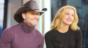 Tim McGraw Shares Rare Photos Of Youngest Daughter & She's Gorgeous
