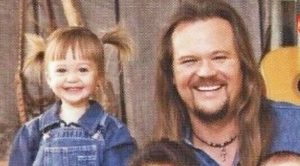 Travis Tritt's Denim-Clad Christmas Card From The 90s Is Perfection