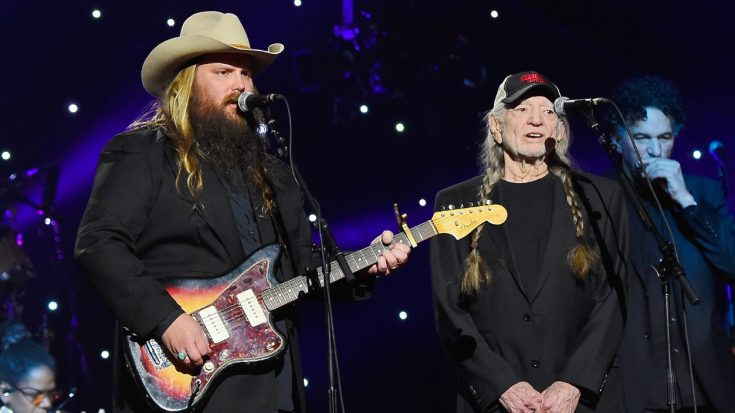 Hear Willie's Soul-Piercing Harmony With Chris Stapleton At Historic Event | Classic Country Music Videos
