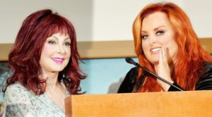Wynonna Judd Shares Decades-Old Photo Of Her & Naomi – It's Priceless
