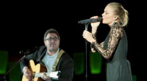 LeAnn Rimes Covers Vince Gill's Grammy-Winning Song 'When I Call Your Name'