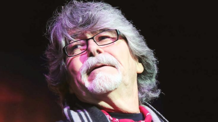 Alabama Lead Singer Leaves Stage In Tears After Performance In His Honor