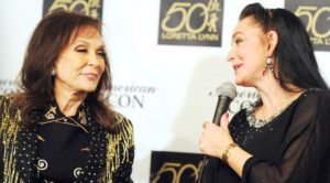 Crystal Gayle Shares Comical Old Photo Of Sister Loretta Lynn