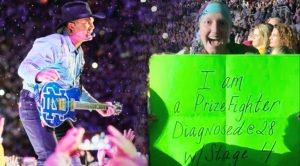 Garth Brooks Stops In His Tracks When He Sees Cancer-Stricken Fan's Sign