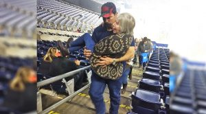 Volunteer Firefighter Carries Cancer-Stricken Woman Up Stairs After Brad Paisley Show