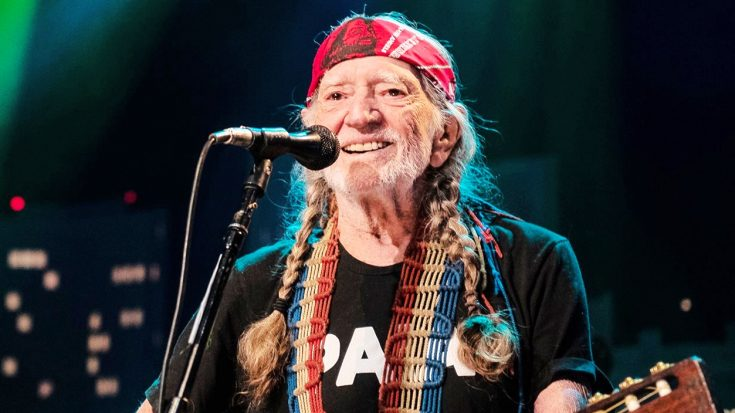 Willie Nelson Finally Announces Lineup For Highly-Anticipated Outlaw Music Festival Tour | Classic Country Music Videos