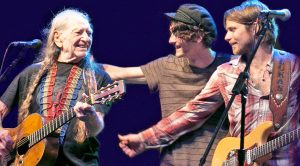 Willie Nelson's Son Just Shared Sweetest Family Photo Ever