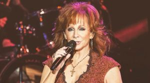 """Reba McEntire Just Said She'd """"Never Do TV Again"""" – And Here's Why"""