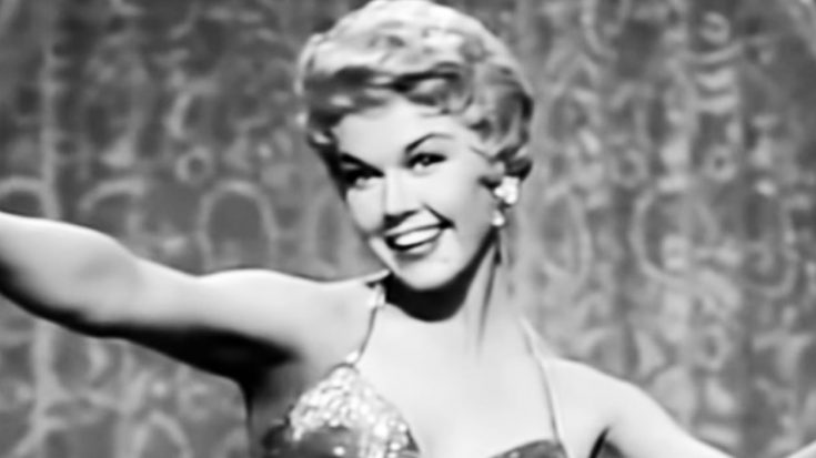 Hollywood Icon Doris Day Passes Away At 97 | Classic Country Music Videos