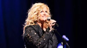 This Photo Of Trisha Yearwood Shows The Secret She Hid For 20 Years